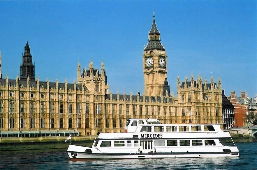 Mercedes - Westminster Party Boats